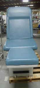 Umf Medical Teal Green Exam Table W Two Drawers Stirrup Holder Used