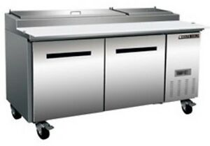 Maxx Cold Mxcpp70 22 cu ft Pizza Prep Table Refrigerated 70 Megatop Rfb