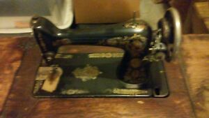 Vintage Singer Treadle Sewing Machine With Cast Iron Base Final Reduction