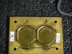 Hubbell Wiring Device kellems Floor Box Cover Brass 3d443 mg