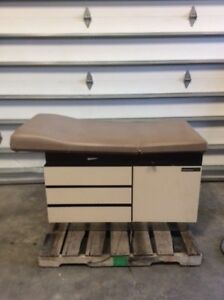 Midmark Ritter 102 Exam Table Medical Healthcare Hospital Furniture