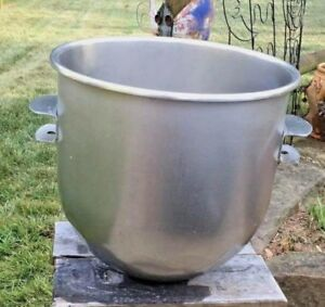 40 Qt Hobart Mixer Bowl Stainless Steel With Attachments Ready For Use
