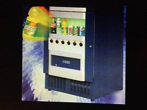 Vm251 Soda Vending Machine for Cans And Bottles