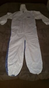 Kimberly Clark Kleen Guard 42528 Disposable Coveralls White A40 a20 Size 2xl