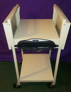 Bretford Overhead Or Slide Projector Wheeled Cart Table Stand W Power Strip
