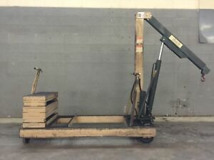 Beech Engineering And Manufacturing Hydraulic Counterweight Floor Crane