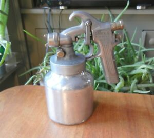 Vintage Binks Model 35 Paint Spray Gun Nice Smaller Size Touch up Sprayer