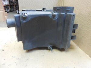 Mercedes Ml320 Ml350 Ml340 Air Cleaner Filter Box Assembly Oem A16350501 F759