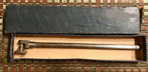 Vintage Brown And Sharpe 375 Dial Holding Rod With Original Box
