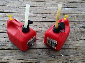 2 Blitz 1 Gallon 4 Oz Ounces Gas Cans Flexible Spouts Vented