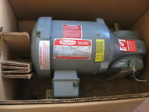 Dayton Right Angle Single Reduction Ac Gearmotor 4z894 3 4 Hp 45 Rpm Out 3ph