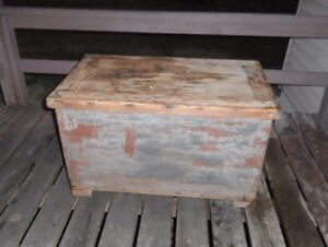 1800 S Antique Very Primitive Blue Gray Milk Paint Chest Box