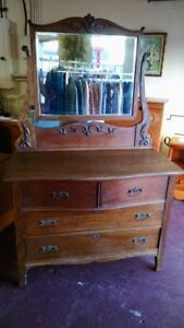 Antique Tiger Oak Dresser With Mirror