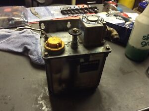 Lube Corp Automatic Lubricator Mmxl iii 220v 15 Min Interval Used Warranty