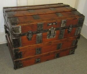 Antique Steamer Trunk Vintage Victorian Rustic Flat Top Chest Great Coffee Table