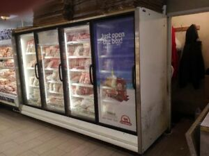 Rln 4 40 X 128 hussmann White freezer In Working Condition