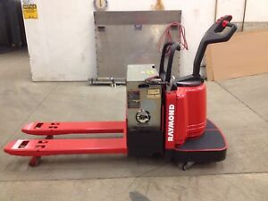2003 Raymond Forklift Electric Ride On Pallet Jack