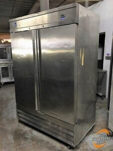 Coldtech Cfd 2r Two section 48 Cu Ft Solid Commercial Refrigerator