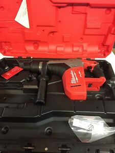 Milwaukee 2717 20 18 Volt Fuel Rotary Hammer 1 9 16 Sds Max New W Hard Case