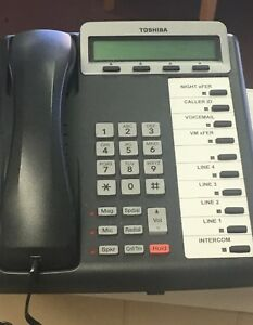 3 Toshiba Digital Business Telephone With 4 Lines voicemail intercom Used