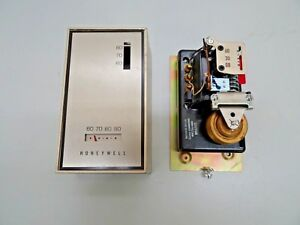 Vintage Honeywell Thermostat T921d