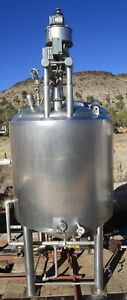 Stainless Steel Round Mixer Temperature Control Tank Approximately 400 Plus Gals