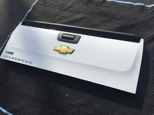 2007 2013 Chevrolet Silverado Tailgate Rear Tail Gate Oem White