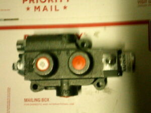 New Cross Converta Hydraulic Directional Control Valve W handle 4 Way 1z0046