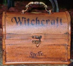 Primitive Witches Spells Chest Purse Witchcraft Halloween Cats Witch Box Magic