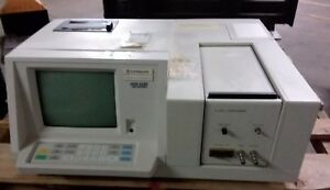 Hitachi U 2000 Spectrophotometer 121 0120