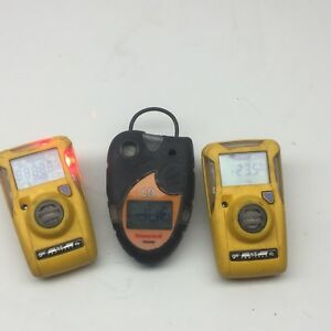 Lot Of 3 Honeywell And Bw Clip Gas And H2c Monitors