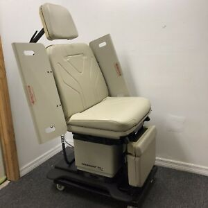Midmark 75 L Power Procedure Chair New Upholstery In Any Color Hand Control
