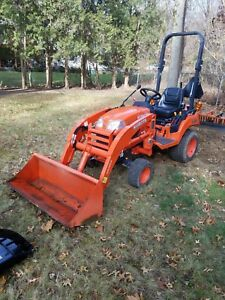 2016 Kubota Bx1870 4wd Utility Garden Tractor W bucket Loader Barely Used 72hr s