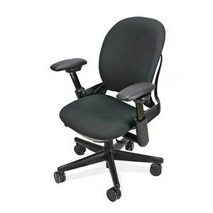 Steelcase Leap Chair In Black V1