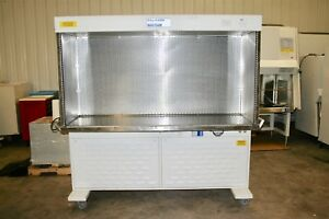 The Baker Company Eg6320 Laminar Flow Hood Clean Bench