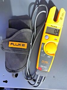 Fluke T5 1000 Electrical Tester With Test Probes And Case