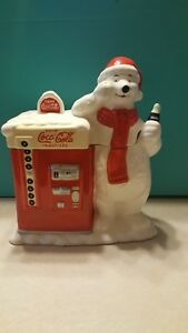 COCA COLA COOKIE JAR  POLAR BEAR WITH VENDING MACHINE- Used