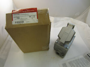 Crouse Hinds Enrc21201 Explosion Proof 20 Amp 120v Receptacle With Back Box