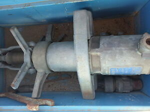 Mueller Hot Tap Machine W Box And Misc Pipe Line Tools Gd Condition