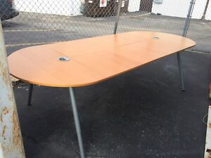 9 Foot Contemporary Style Oval Conference Table