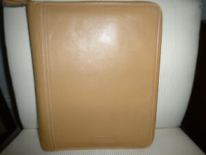Coach Zippered Leather Business Organizer notepad Folder