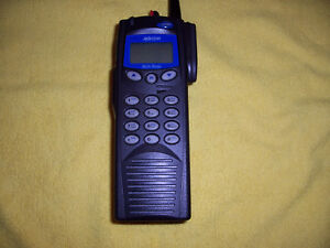Harris M a com P7200 P25 Trunking Radio
