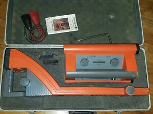 Metrotech 9860xt Pipe Cable Locator W Case