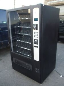 Usi 3509 Mercado 5000 Snack Vending Machine