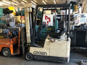 Crown Model 30sctt Electric Sit Down Forklift 3000 Lbs Capacity