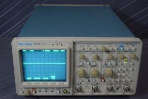 Tektronix 2432 11 300 Mhz 2ch Digititizing Oscilloscope
