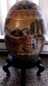 Antique Statuesque Japanese Large 19 In Tall Hand Painted Satsuma Porcelain Egg