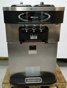 Taylor C723 27 Twin Twist Soft Serve Ice Cream frozen Yogurt Machine watercooled