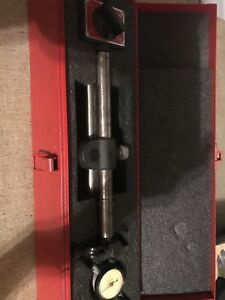 Starrett 659 Heavy Duty Magnetic Base With No 81 131 Dial Indicator