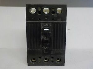 Square D Circuit Breaker Box Tod32225 225 A 3 Pole 240 V